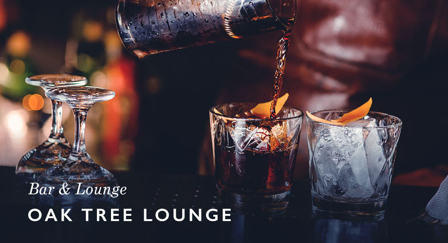 Pocola Oak Tree Lounge